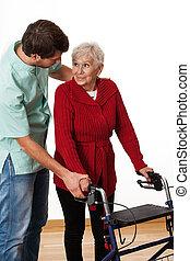fisioterapista, insegnamento, usando, il, camminatore