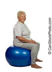fitball, 年長の 女性, 座る