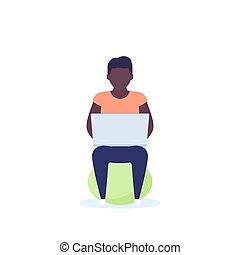 fitball, fonctionnement, séance, homme, ordinateur portable