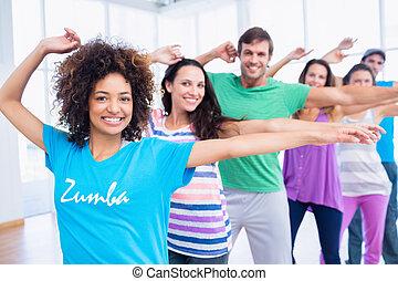 fitheid brengen onder, en, instructeur, doen, pilates,...