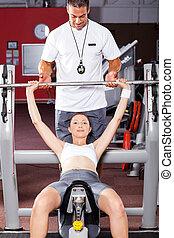 fitness, femme, exercisme, barre disques