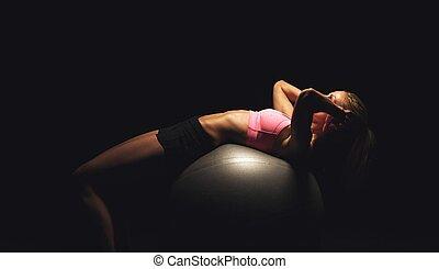 fitness, frau, machen, workout, auf, a, joga, kugel