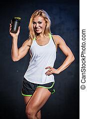 fitness, modell, mit, protein, getränk