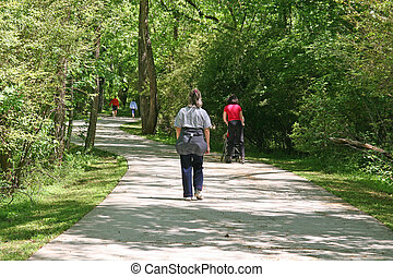 Fitness Trail - People enjoying a fitness trail through the ...