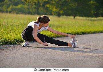 fitness, woman, dehnt, vorher