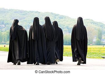 Five nuns