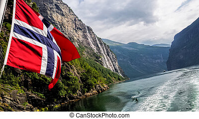 fjord, drapeau, geiranger, norvège