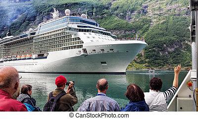 fjord, geiranger, norvège, voyage, croisière