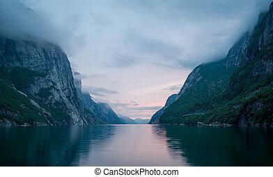 fjords, scenics., noturna, lysefjord., noruega, paisagem