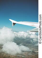 flügel , von, ein, motorflugzeug, ansicht, von, fenster.