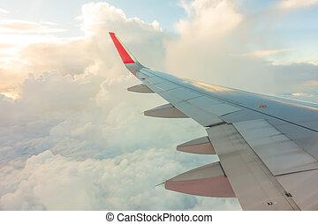 flügel , von, ein, motorflugzeug, fliegendes, wolken, .