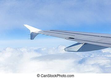 flügel , von, ein, motorflugzeug, wolken