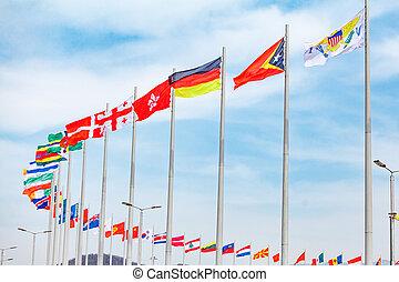 flaggen, von, countries., verschieden, länder, auf, der, fahnenstange