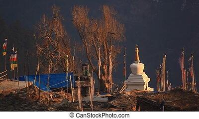 Flags stupa.