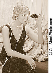 Flapper lady with binoculars