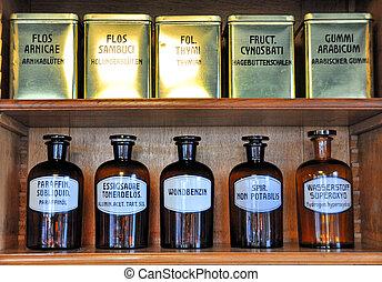 flaskor, på, den, hylla, av, en, gammal, apotek