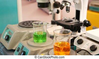 flasks., diagnostyczny, covid-19, szkło, equipment., praca ...