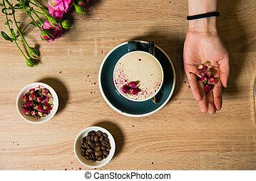 Process of making rose raf coffee - Flat lay coffee cup,...
