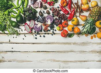 flat-lay, de, fruta fresca, vegetales, verde, y, superfoods,...