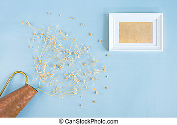 flat lay of frame - Top view of dried flower and twin white ...