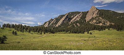 Flatirons in Boulder Colorado
