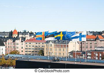 flattern, skandinavisch, flaggen, gegen, der, himmelsgewölbe