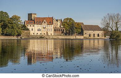 Flechtingen water castle in Saxony-Anhalt - Flechtingen...