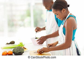 fleischtomaten, frau, hacken, junger, afrikanisch