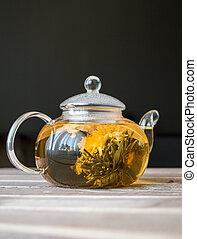 fleur, chinois, bois, pot thé, sombre, verre, fond, devant, table