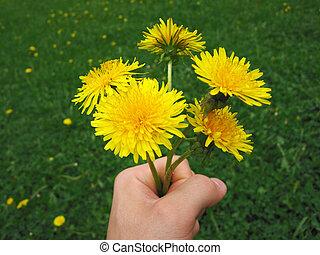 fleur, main