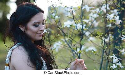 fleurs, femme, fond, jeune, pose