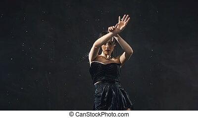 Flexible Body Wet Dance