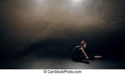 flexible, danseur, exécuter, chorégraphie, moderne, crise
