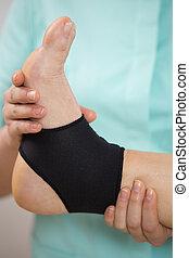 Flexing the foot