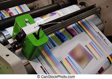 Flexo printing machine - UV flexo press for printing label....