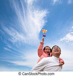 flicka, moln, fader, lycklig