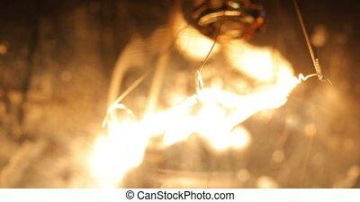 Tungsten lightbulb flickering with power problems