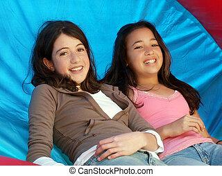 flickor, två, lycklig