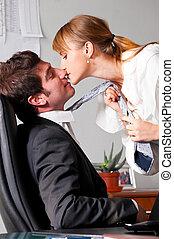 flirtując, biuro