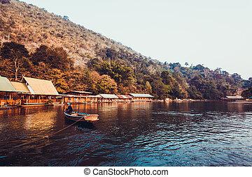 floatin, kwai, hotel, thailand., folyó, tartomány,...