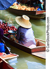 Floating market - Damnoen Saduak Floating Market near ...