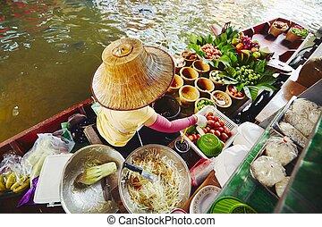 Floating market in Bangkok - Cuisine on the boat - Bangkok,...
