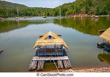 Floating raft