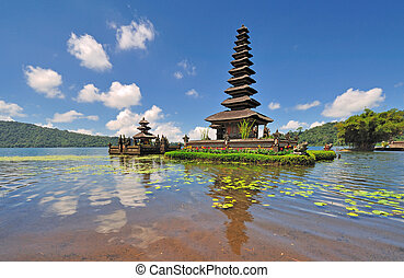 This floating temple is located in Lake Bratan or Beratan in Bedugul, Bali. Its also know as Floating temple of Ulun Danu