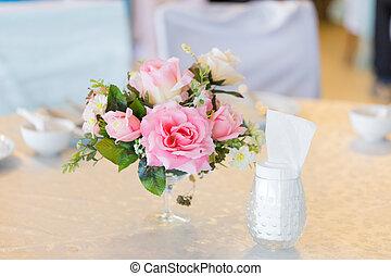 flor, floreros, en, el, boda