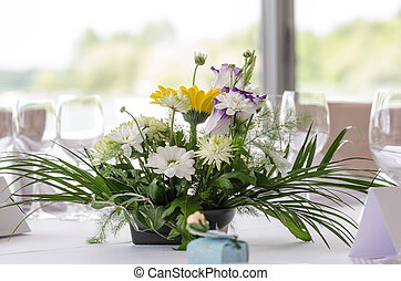 Floral wedding arrangement