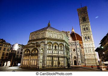 Florence Cathedral (Duomo - Basilica di Santa Maria del Fiore) in the Morning, Tuscany, Italy