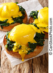 Florentine eggs made from poached eggs with spinach and ...