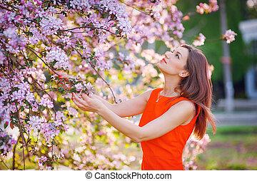 flores, mulher, jardim, cheirando