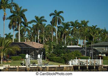 Florida home on the intercoastal waterway, Boca Raton...